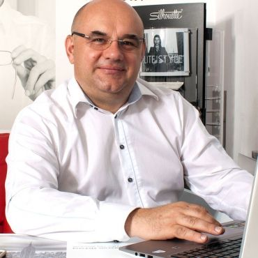 Dr Marek Broszkiewicz